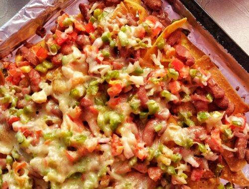 Nachos Supreme with Kidney Beans and Veggies