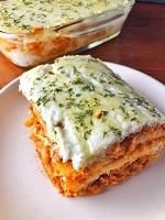 Noodle-less Chicken Lasagna with 3-Cheese Sauce