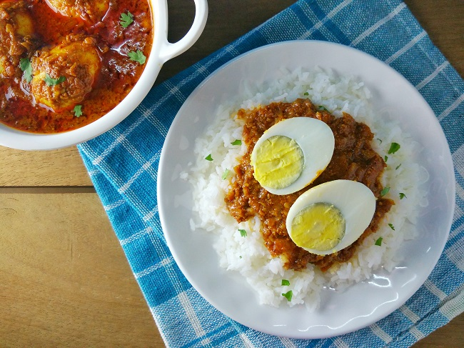 Egg Curry | Dhaba-Style Egg Gravy
