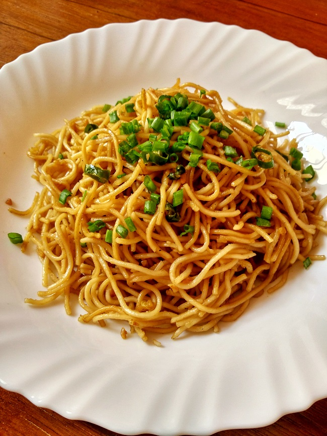 Chilli Garlic Noodles | Garlic Noodles | Indo-Chinese Noodles