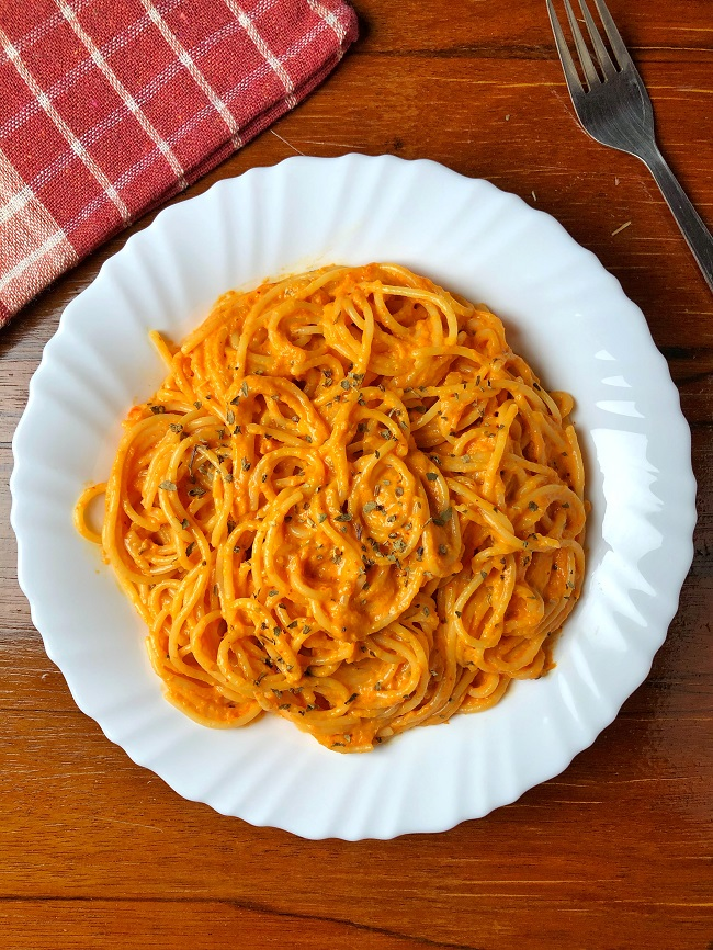 Easy Red Sauce Pasta Recipe