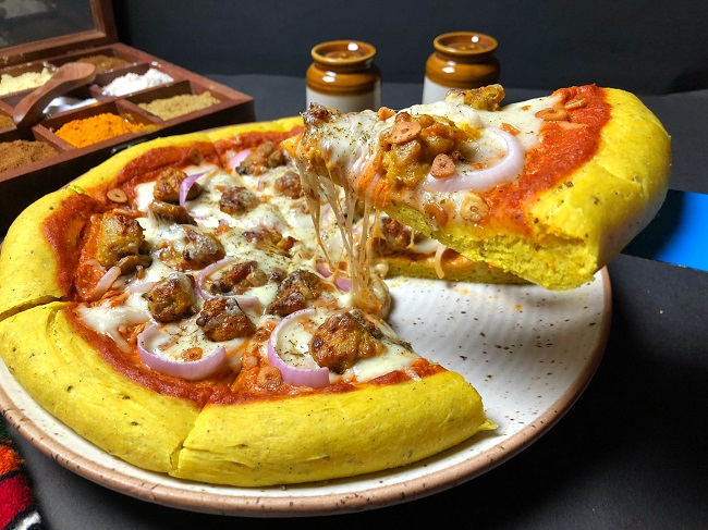 Butter Chicken Pizza With Indian Spiced Crust