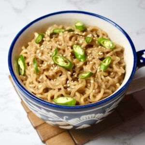 Chilli Peanut Butter Maggi | Spicy Peanut Butter Instant Noodles